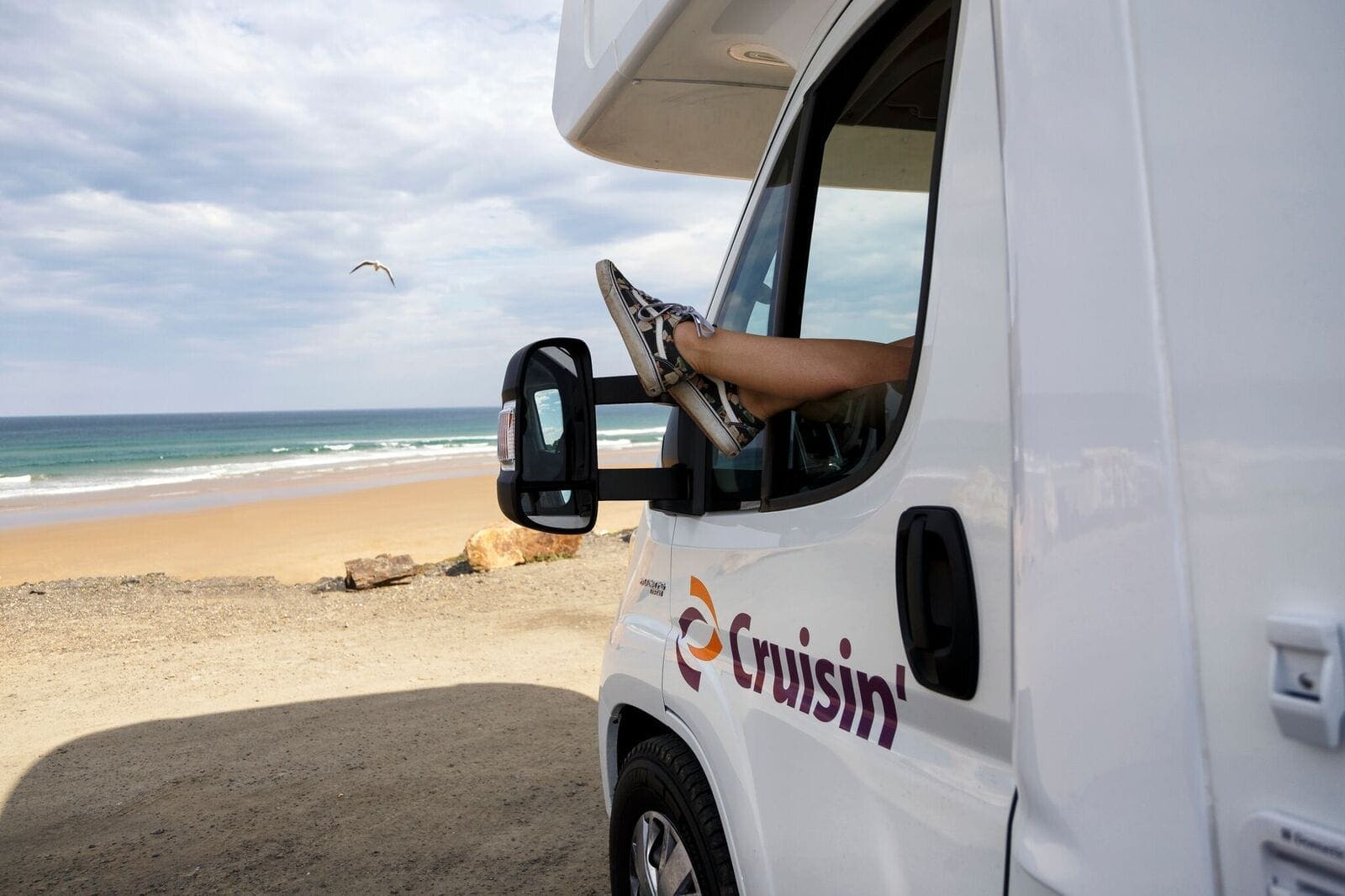 Your Guide To Travelling The Great Ocean Road This Summer - Cruisin Motorhome Rentals Australia