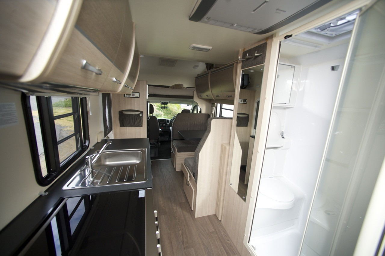 8 Reasons To Hire The Cruisin' Deluxe Next Holiday (2016) - Cruisin Motorhome Rentals Australia