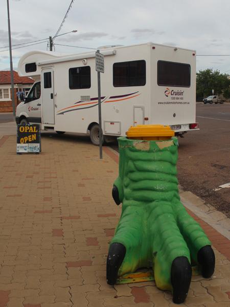 The Cruisin' Ultimate Travel Reporter Experience Part 1 - Cruisin Motorhome Rentals Australia