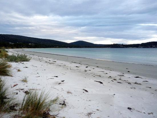 FEATURED CARAVAN PARK: WHITE BEACH TOURIST PARK - Cruisin Motorhome Rentals Australia