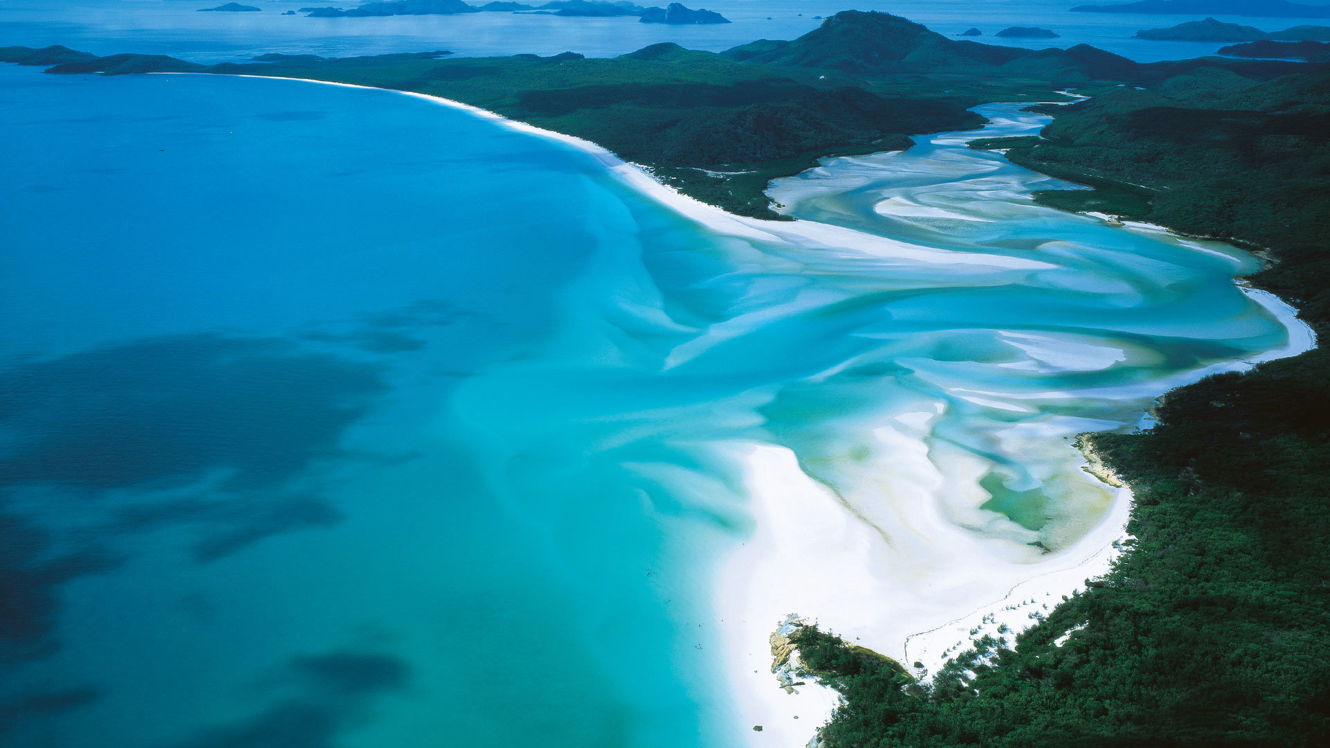 Escape The Cold: 5 Reasons To Visit Queensland In Winter - Cruisin Motorhome Rentals Australia