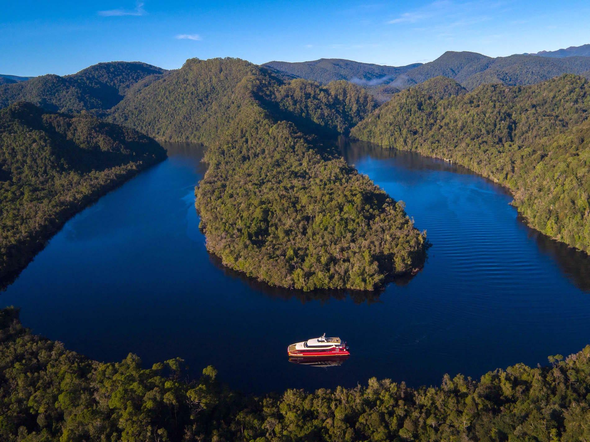 https://www.cruisinmotorhomes.com.au/wp-content/uploads/2021/03/Gordon-River-Cruise-Tasmania.jpg