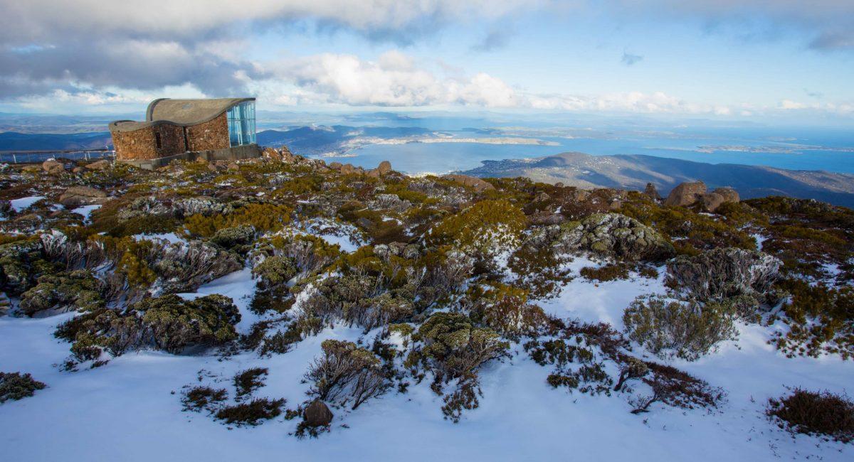 Mt-Welligton-snow_Tourism-Tasmania.jpg